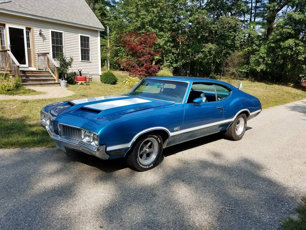 1970 Olds 442 Holiday Coupe