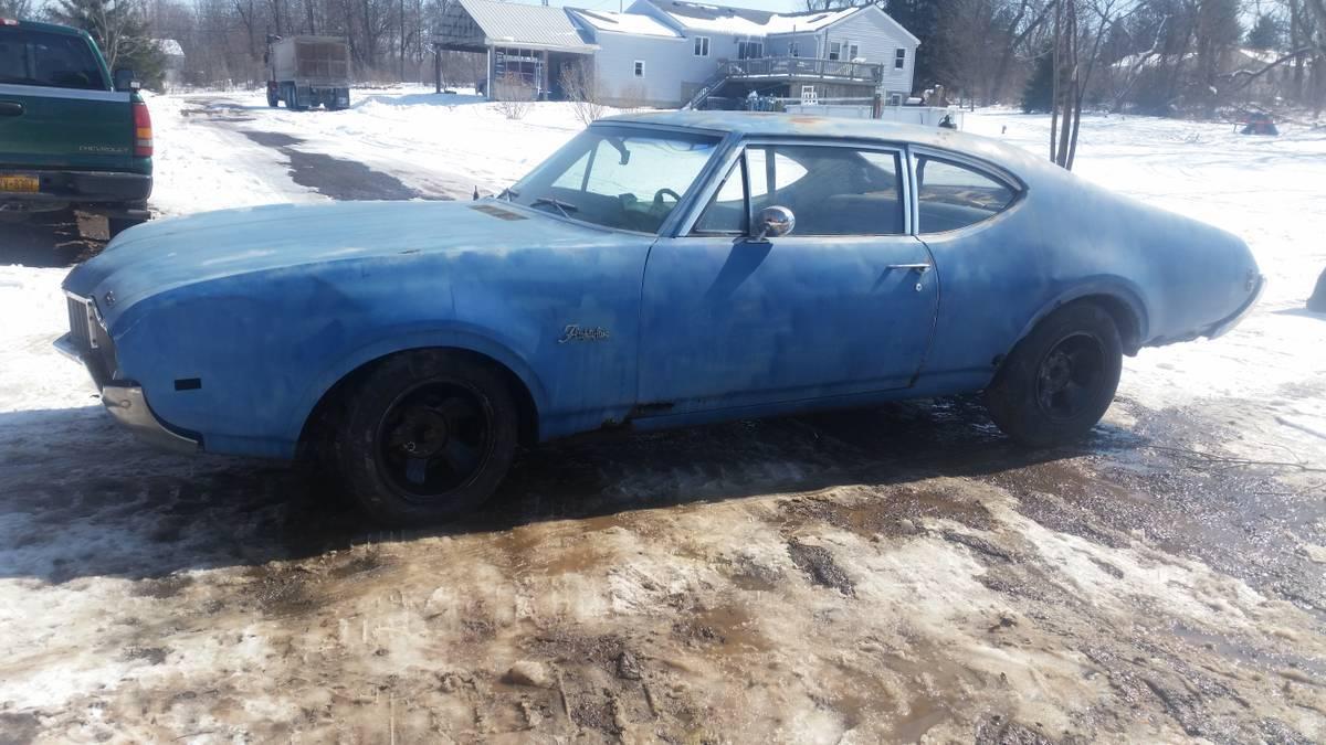 1968 F85 Cutlass  Holley  Ny