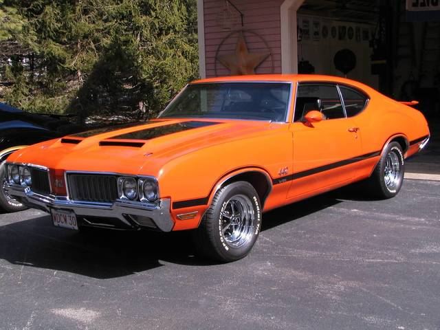1970 Olds 442, 455, 4-Spd, #s matching, Rally Red