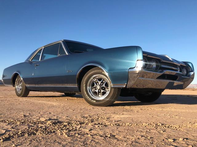 1967 Oldsmobile Cutlass Supreme 2 Door Holiday Coupe Post