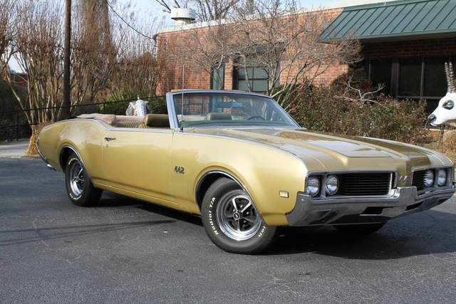 1969 442 4 Speed Convertible