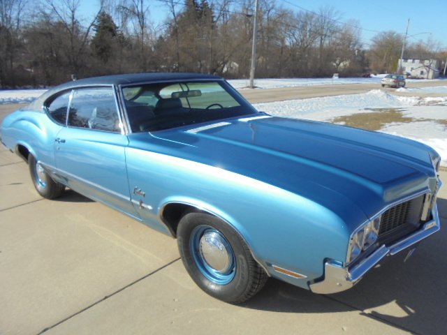 1970 Cutlass S Rare factory 4spd