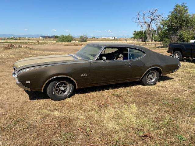 1969 Oldsmobile 442 numbers matching AC