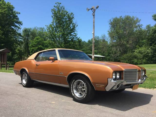 1972 Oldsmobile Cutlass Supreme U code