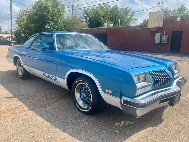 1976 Oldsmobile 442 V8 5 Speed