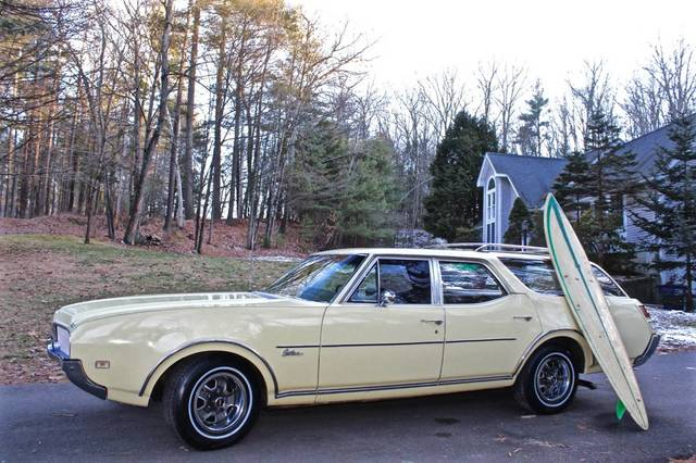 1969 Oldsmobile Cutlass S Wagon