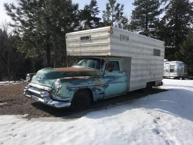 1953 Oldsmobile Super 88 Camper