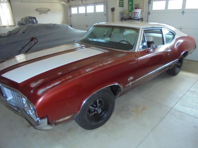 1970 Cutlass Post Coupe 3spd Hurst