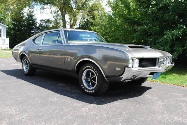 1969 442 Post Car