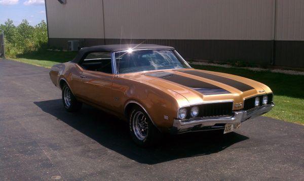 1969 Olds Cutlass Convertible