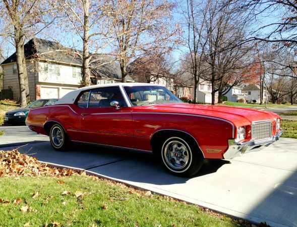 1972 Oldsmobile Cutlass Supreme Restored