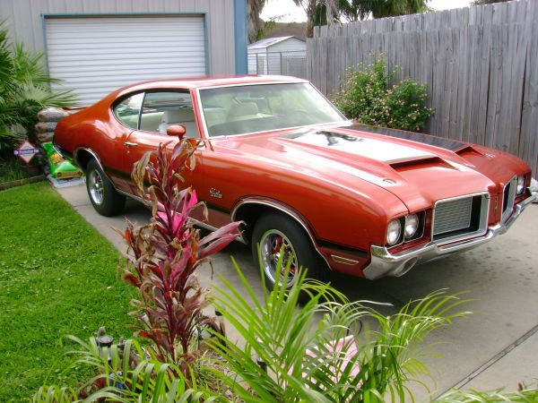 1972 Cutlass S 442 Badged